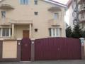Vila superba cu 6 camere pretabila orice activitate,in spatele Hotelului Cristal Palace