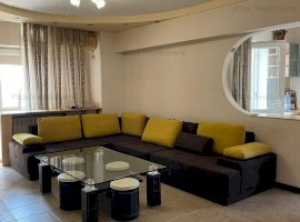 Apartament 3 camere, in zona Nerva Traian