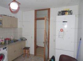 Vanzare apartament 2 camere, spatios, zona Vest
