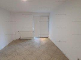 Apartament 3 camere, renovat recent, zona Ultracentral