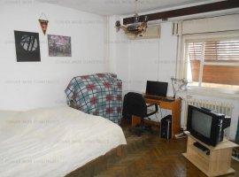 Vanzare Apartament 3 Camere Unirii-Casa Poporului