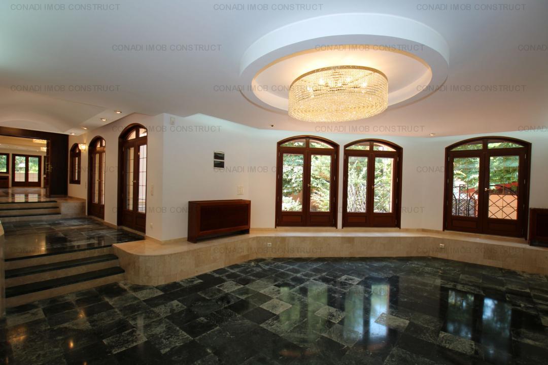 Inchiriere Vila 10 camere LUX Cotroceni + Lift si Curte 400 mp