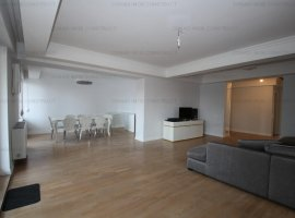 Apartament 4+ camere