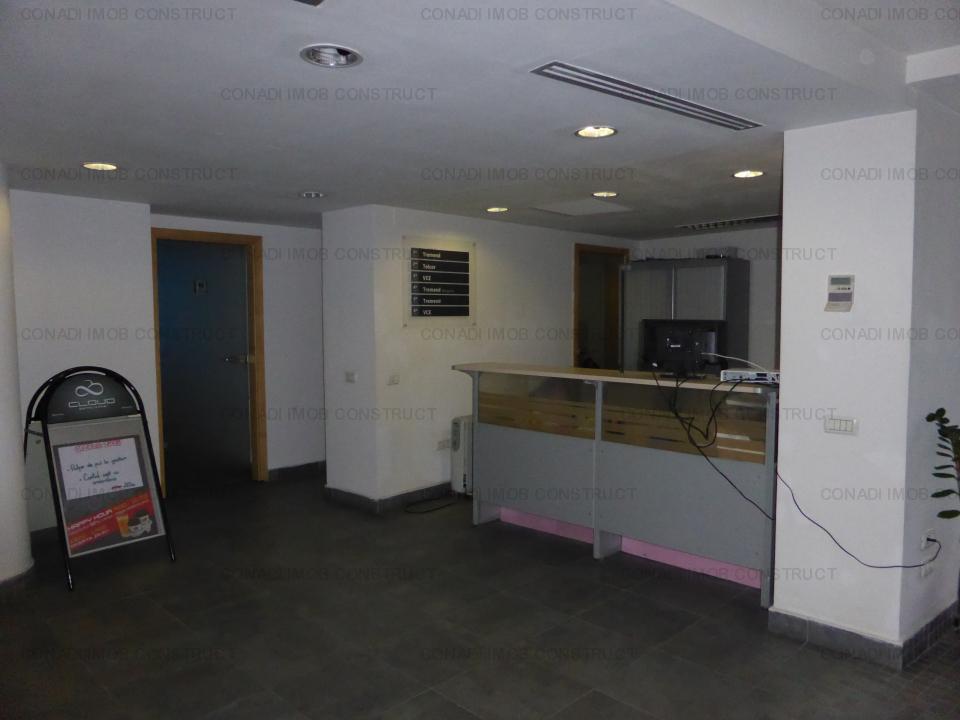 Cladire de birouri ultracentrala