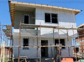 Casa/vila, 100 mp, 4 camere, terasa+balcon, Comision 0%. 2 locuri parcare.