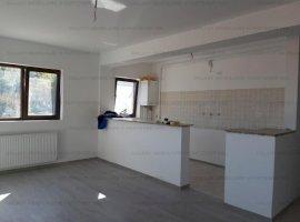 Vanzare apartament 3 camere in Pitesti Craiovei bloc nou cu balcon de 9.5 mp
