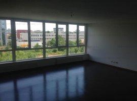 Apartament 3 camere, Carol Park Residence