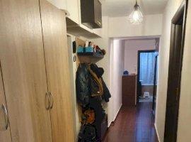 Apartament 3 camere (D-mn Ghica)