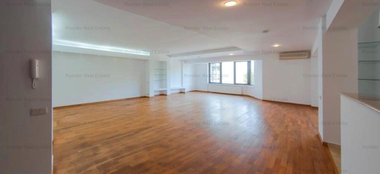 Apartament 4 camere-Arcul de Triumf