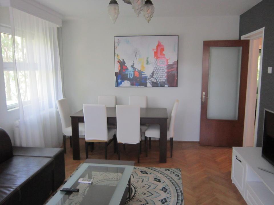https://www.romtor.ro/ro/inchiriere-apartments-3-camere/bucuresti/arcul-de-triumf-cluceruluimobilat-utilat-liber_1382