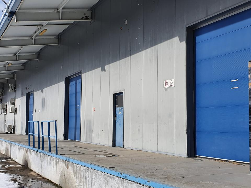 Industrial space for rent Area West - Military