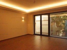 Apartament 3 camere- Primaverii