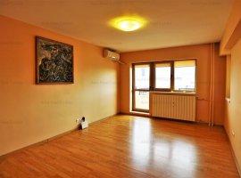 Apartament 2 camere complet renovat - Bloc Monolit - Zona Zepter
