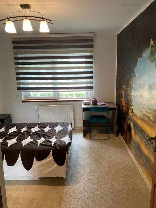 For sale 3-bedroom, outstanding Democracy,