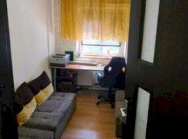 Apartament 4 camere zona 9 Mai