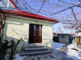 Alexandru cel Bun, casa renovata recent, mobilata modern, izolata termic