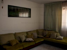 Vanzare  apartament  cu 4 camere  decomandat Bucuresti, Aviatorilor  - 580000 EURO