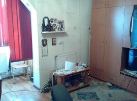 2 camere decomandat, Pacurari, liber