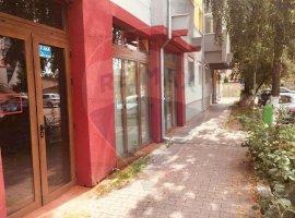 Spațiu comercial pretabil pentru cafenea, magazin, farmacie, birouri