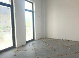 Apartament cu 3 camere, zona Rediu, 900 m sens giratoriu, Comision 0