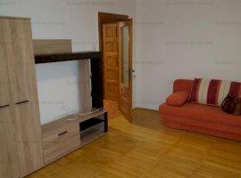Apartament 3 camere in zona Gara- Arcu