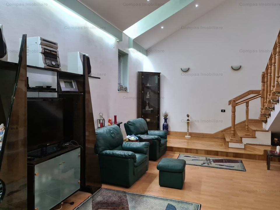 https://compasimobiliare.ro/ro/vanzare-houses-villas-7-camere/bucuresti/2-cladiri-in-vecinatate-cu-piata-victoriei_189