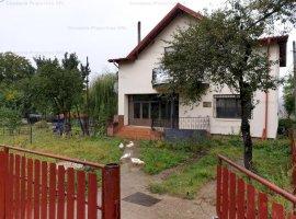 Casa spatioasa  cu teren, in zona linistita - Telega! 0% comision