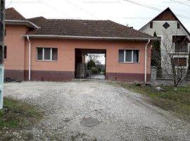 Casa si teren 1.960 mp, Com. Carpinet, Jud. Bihor