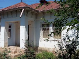 Casa in localitatea Manastirea