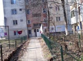 Apartament compus din 2 camere de locuit si dependinte