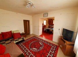 Casa singur in curte cu 3 camere decomandate si 288 mp de teren in Lazaret