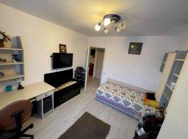 Apartament 4 camere, zona Lipovei