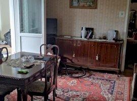 Apartament cu 3 camere de vanzare, zona linistita Circumvalatiunii