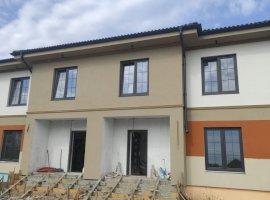 Duplex cu 4 camere in Sanandrei