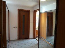 Vanzare Apartament 3 camere Spatios Zona Nicolae Titulescu Adiacent Piata Victoriei Amenajat