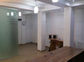 Spatiu de birouri cu o suprafata de 65mp, compartimentat, finisat modern.