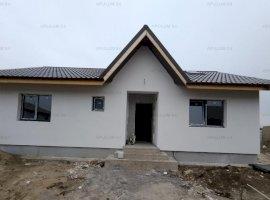 Casa cu 4 Camere 2 Bai si Terasa in Buftea-Crevedia