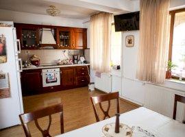 Vanzare casa/vila 8 camere Ovidiu