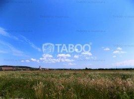Teren extravilan 5000 mp cu o deschidere de 50 m Selimbar Sibiu