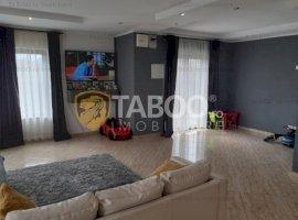 Casa moderna cu 4 camere si 560 mp curte libera de vanzare in Fagaras