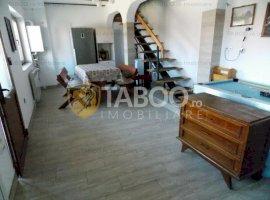 Casa cu 4 camere si 4 bai de inchiriat in Selimbar Sibiu