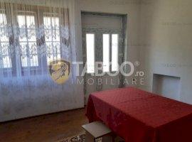 Casa cu 4 camere de vanzare in Dejani judetul Brasov