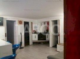 Apartament 3 camere de vanzare finisat modern Cisnadie zona Centrala