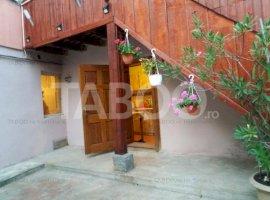 Casa de vanzare 4 camere la curte comuna Cisnadie