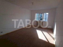 De vanzare apartament 2 camere cu balcon zona Broscarie Sibiu