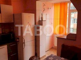 Apartament de inchiriat 2 camere 2 balcoane zona Mihai Viteazu Sibiu