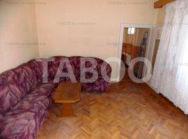 Casa cu 3 camere de inchiriat mobilata zona Piata Cluj in Sibiu