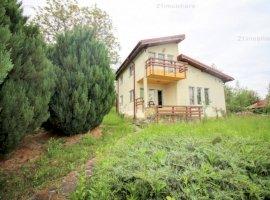 Vila moderna-Posesti, priveliste panoramica spre munte, aer curat, teren 1570 mp