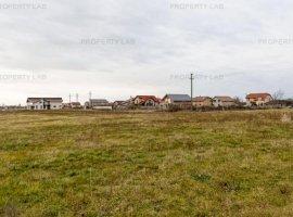 Loc de casă în Zădăreni 500 mp