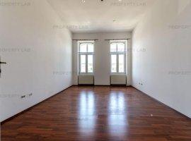 Apartament ultracentral cu 2 camere